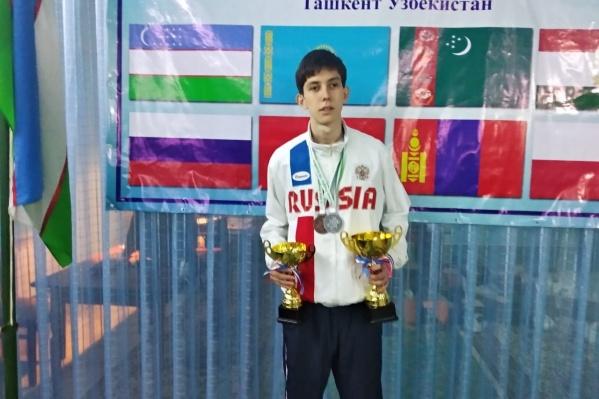Ваня на соревнованиях в Узбекистане
