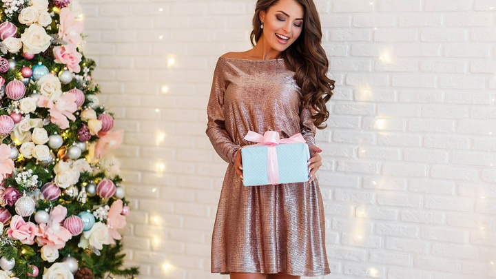 «Одень меня»: новогодняя коллекция нарядов от Марии Локоть представлена в фирменном салоне