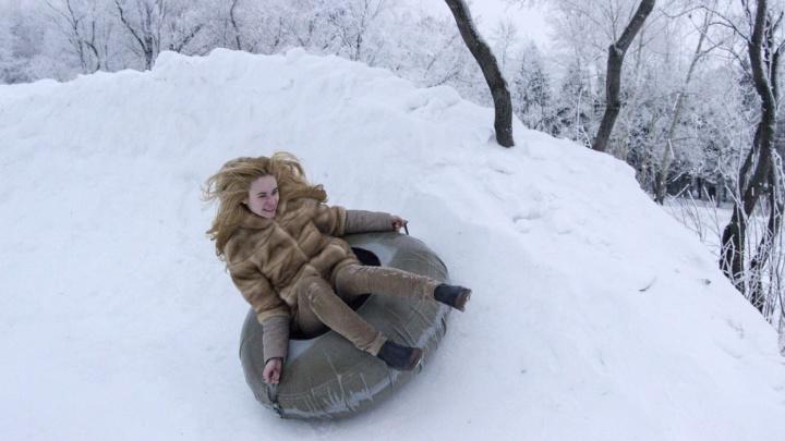Омичам предложили 2000 рублей за название для зимнего городка в парке 30-летия ВЛКСМ