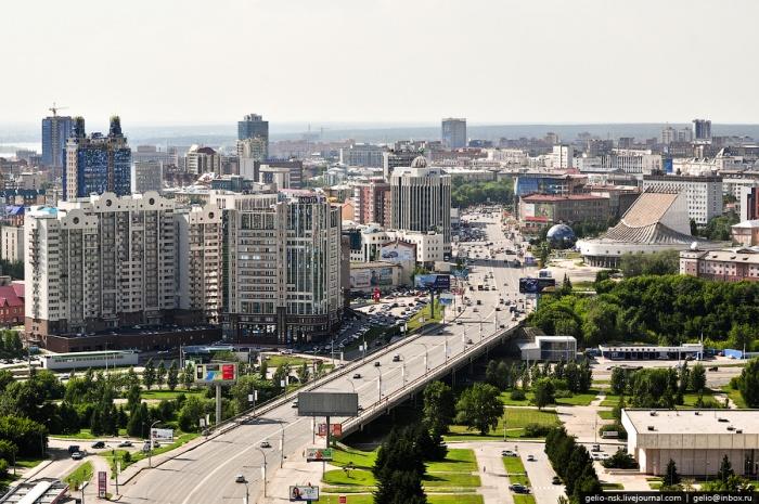 Октябрьская магистраль в Новосибирске