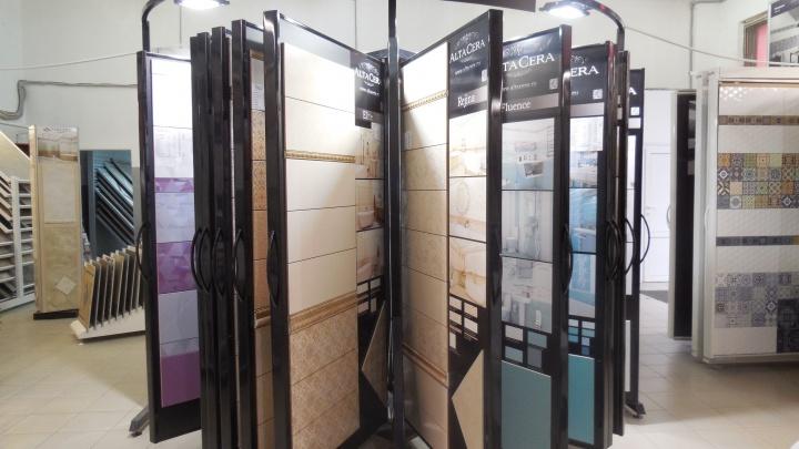Тюменцы нашли способ сэкономить на ремонте: плитку за 150 рублей они отыскали на складе распродаж