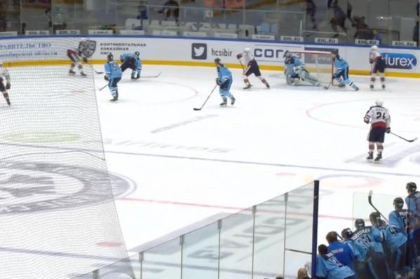В этом матче «Сибирь» шла ноздря в ноздрю со своими оппонентами