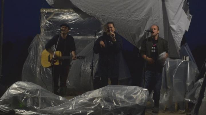 Поют за природу: как на Шиесе прошёл первый день фестиваля «НаШИЕСтвие»