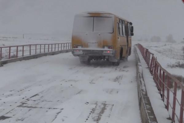 В Курганской области насчитывается 428 мостов и путепроводов, 49 из них находятся в предаварийном состоянии
