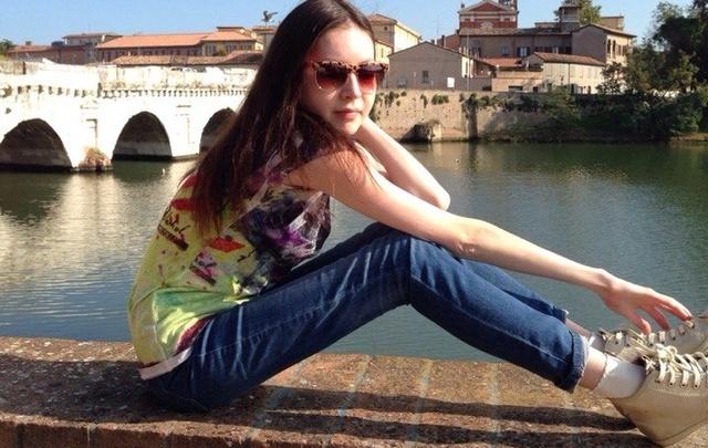 «Я неделю спала в постели с мертвой дочерью»: детали трагедии уфимской семьи в Италии