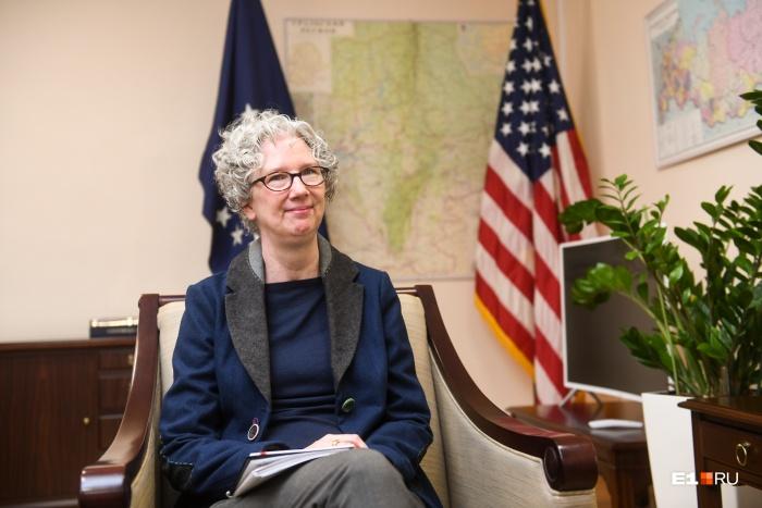 «Я читала о вашем сквере в New York Times»: первое интервью нового консула США