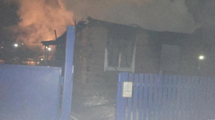 В пожаре в Башкирии едва не погибла семья с грудным ребенком