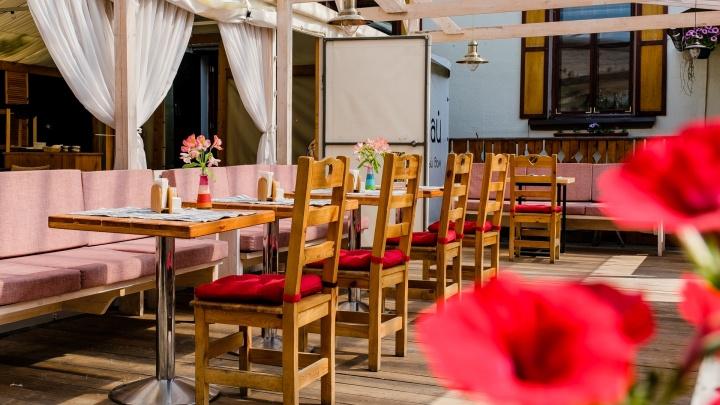 Где в Перми можно поесть на свежем воздухе. Обзор летних веранд при ресторанах и кафе. Часть 1