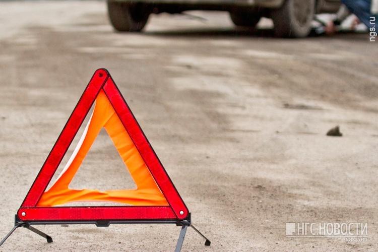 Под Омском вДТП умер шофёр «Нивы»