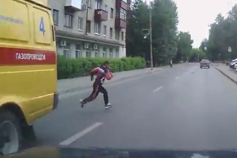 Даже если ребенок появился внезапно, водителя признают виновным в наезде