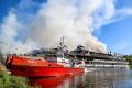 «Святая Русь» сгорела: всё, что известно о пожаре на теплоходе в Волжском затоне