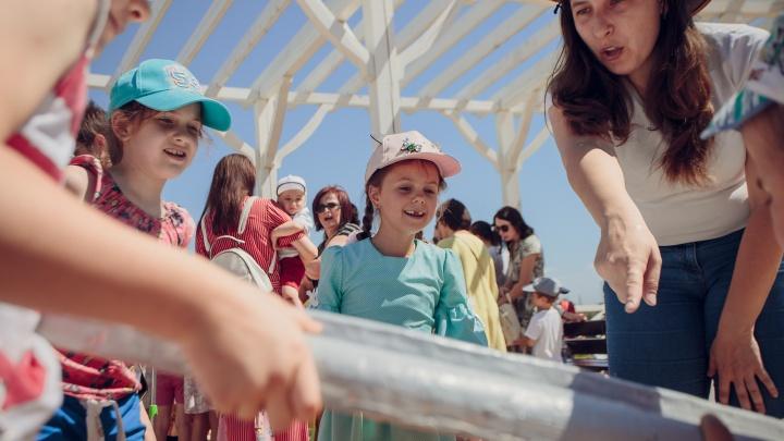 Воздушные шары, квесты и аниматоры: в жилом квартале «Бейкер стрит» прошел фестиваль детства