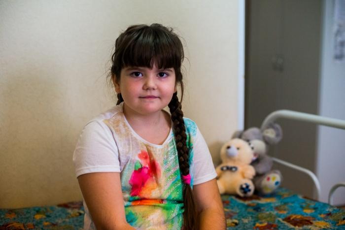 Восьмилетняя Вика начала кашлять весной — сначала это списывали на недолеченный бронхит