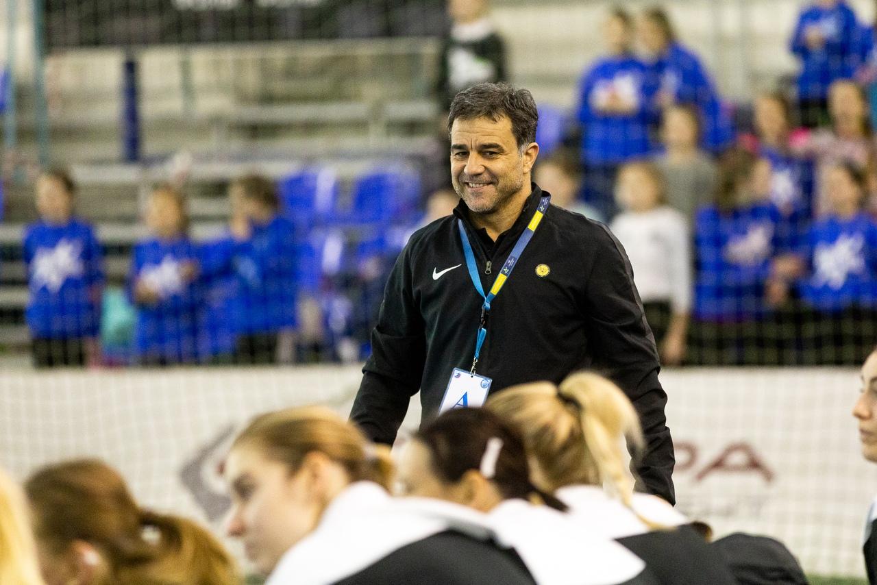 Амброс Мартин остался доволен игрой команды