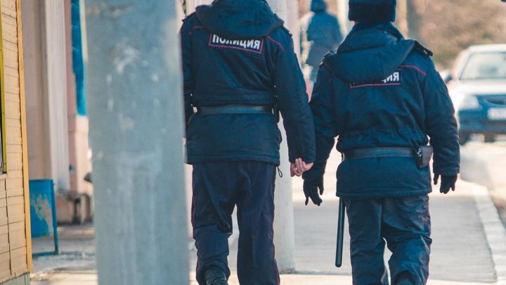 В Ростове осудят мужчину, который вместе со своей возлюбленной избил полицейского