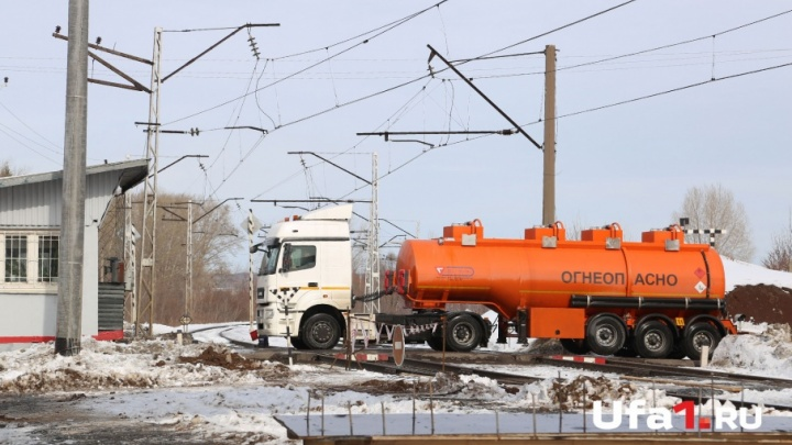 В Уфе ограничили движение грузовиков