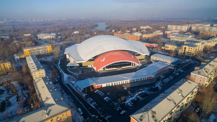 Стадион «Енисей» третий раз отстроили заново: оцениваем, чем он будет отличаться от старого