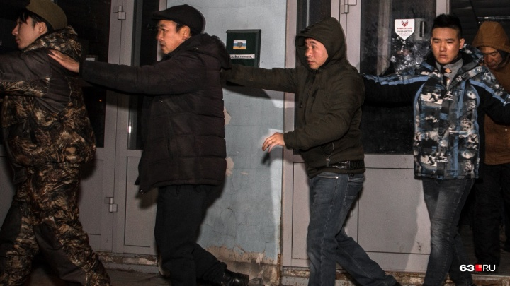 Билеты покупают сородичи и народ: из Самарской области за год выдворили 910 нелегалов