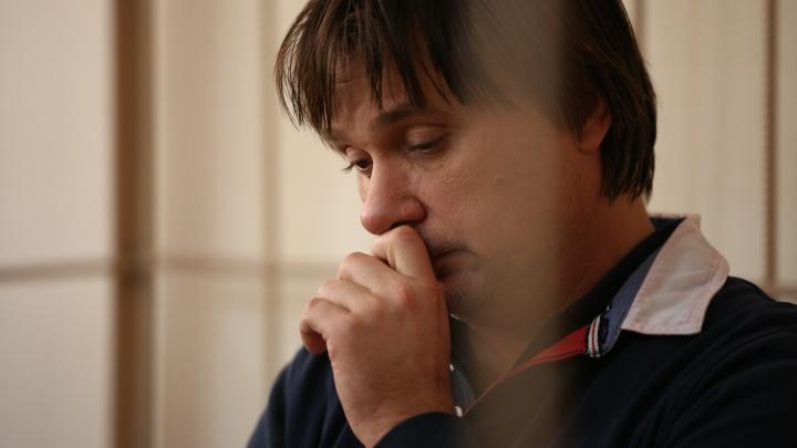 Дело Покушалова: в суд привезли задержанного топ-менеджера клиники Мешалкина
