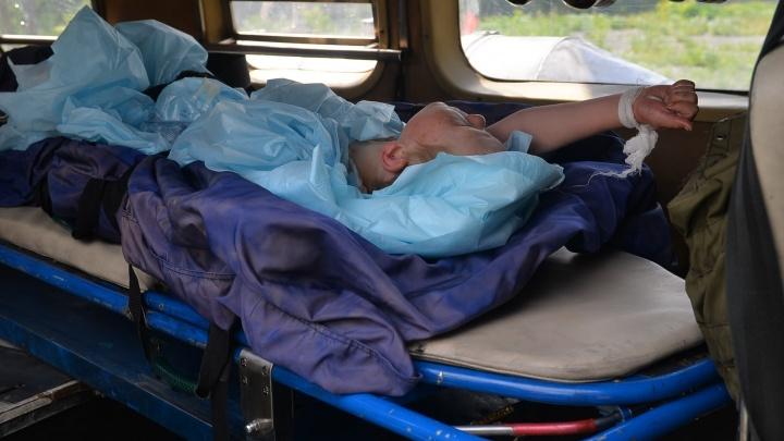 Волонтёры, которые спасли 4-летнего Диму в лесу, навестили его в больнице