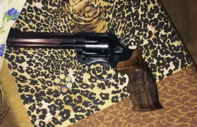 Оружие нашли в «нехорошей» квартире