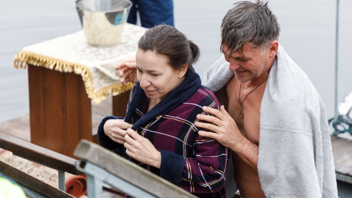 Больше 26 тысяч человек: в Волгоградской области пересчитали всех ныряльщиков в проруби