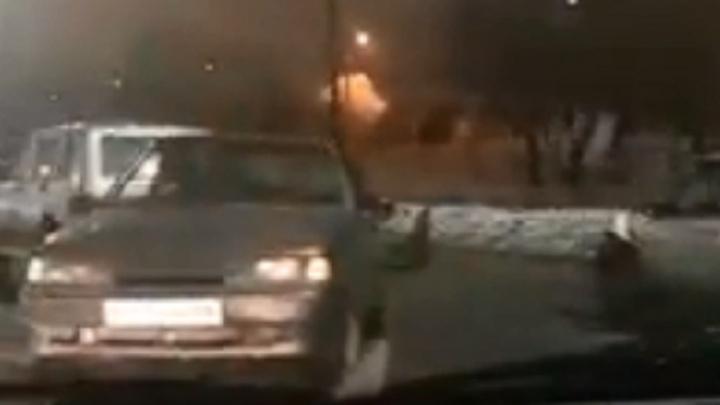 «Сильная авария!»: в Волгограде «встретились» пять автомобилей