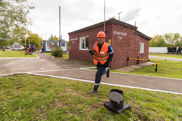 Задача участников — как можно быстрее ликвидировать аварию на газопроводе