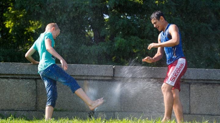 «Местами грозовые дожди»: в Волгоградской области сохранится 35-градусная жара