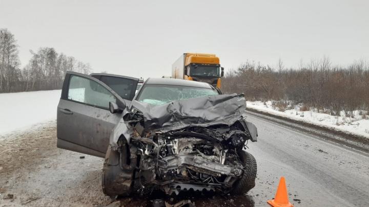 В ДТП с Volkswagen и двумя Chevrolet на трассе в Башкирии погибла женщина