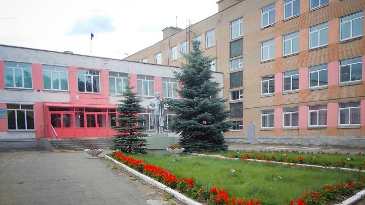 Роспотребнадзор подтвердил случай пневмонии в очередной челябинской школе