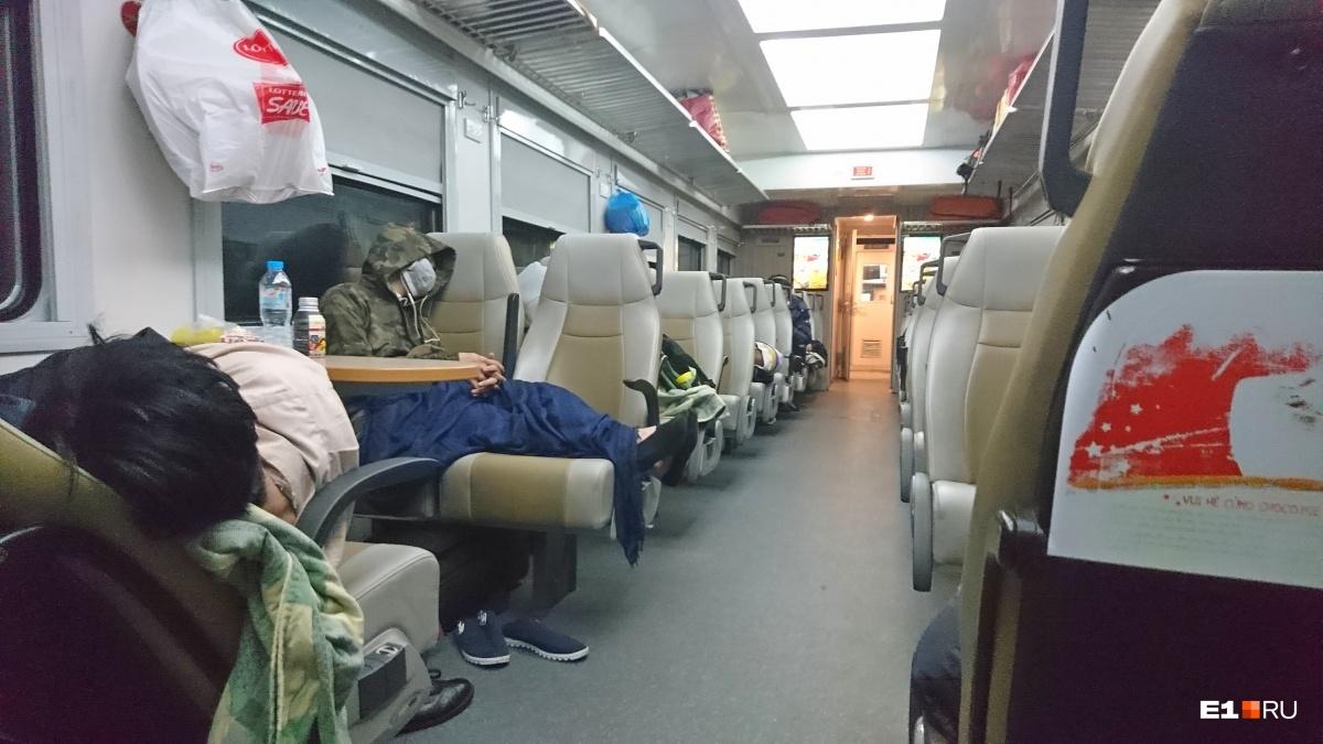 Ночь во вьетнамском поезде