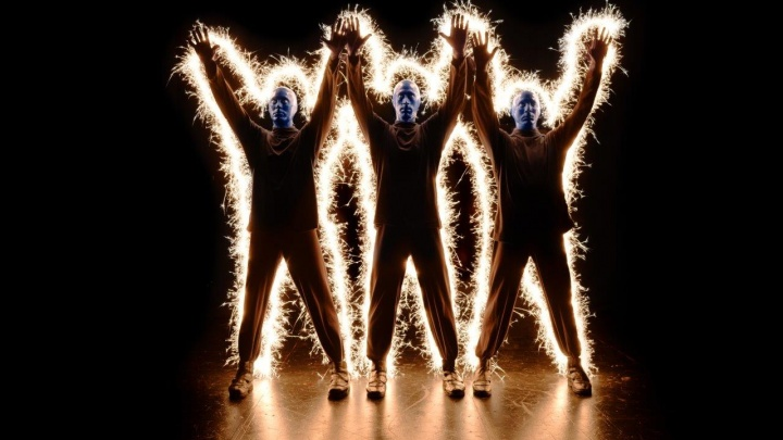 Артисты с синими головами не приедут. В Перми отменили концерт легендарной Blue man group