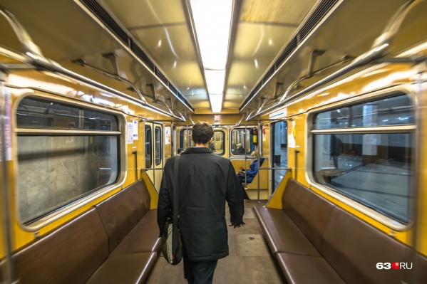 Пассажиропоток метро в год составляет 15,6 миллиона человек
