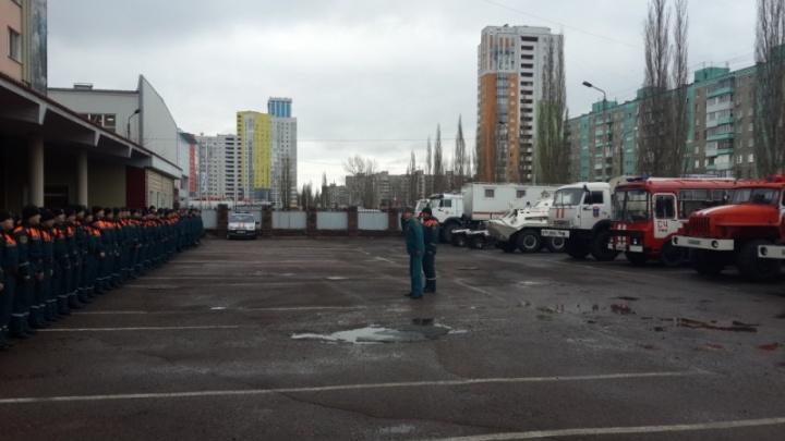 Спасатели из Уфы возвращаются домой после работы на завалах в Ижевске