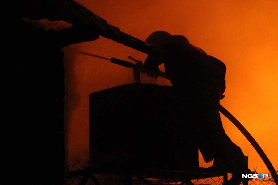 33-летняя женщина погибла напожаре частного дома вКемерове