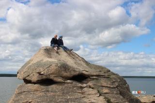Старинные скалы тысячелетиями манили к себе уральцев