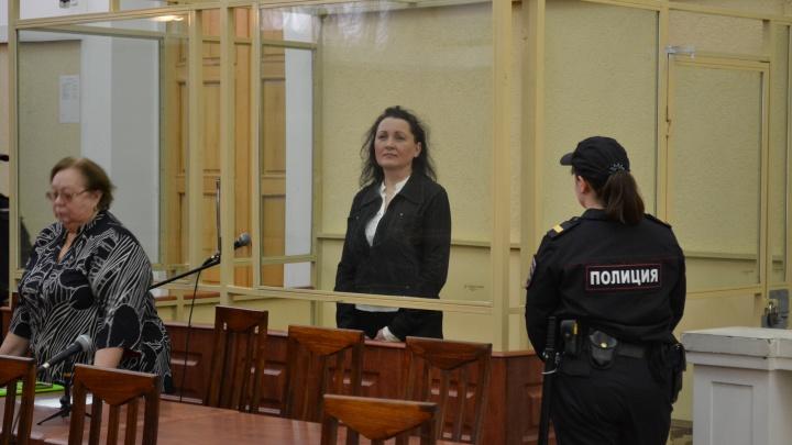 К семи годам колонии приговорили бывшую судью ростовского арбитража