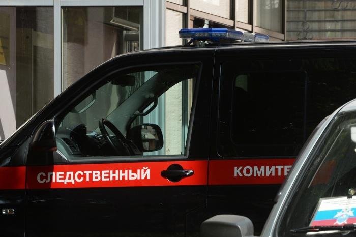 На месте происшествия работают следователи