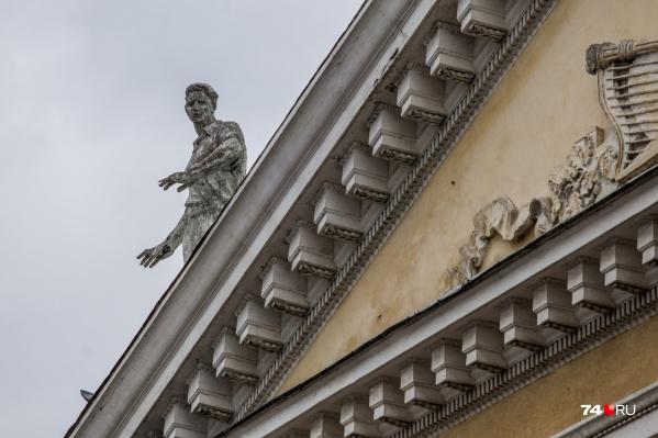 Оперный театр давно нуждается в ремонте. Если звёзды сойдутся, в следующем году его обновят