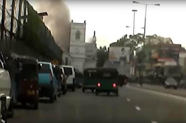 Взрывы прогремели в церквях ипятизвездочных отелях