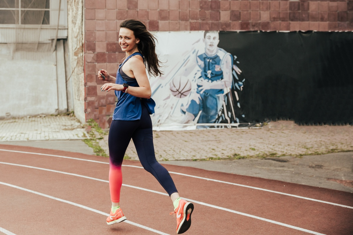 Ирина пробегает 21 километр за 1 час 39 минут. А вам слабо?