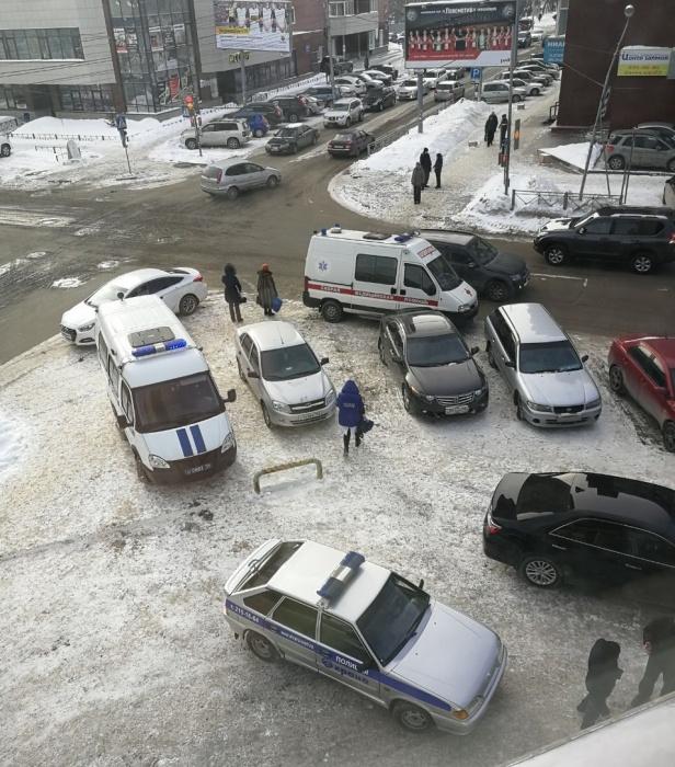 Вцентре Новосибирска две компании устроили стрельбу