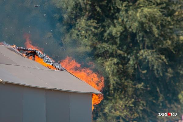 За октябрь на Дону вспыхнуло 139 пожаров