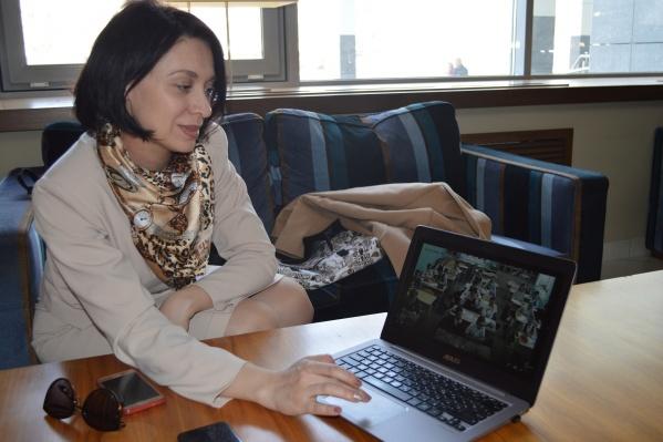 Ольга Заречная демонстрирует нам, как работает программа