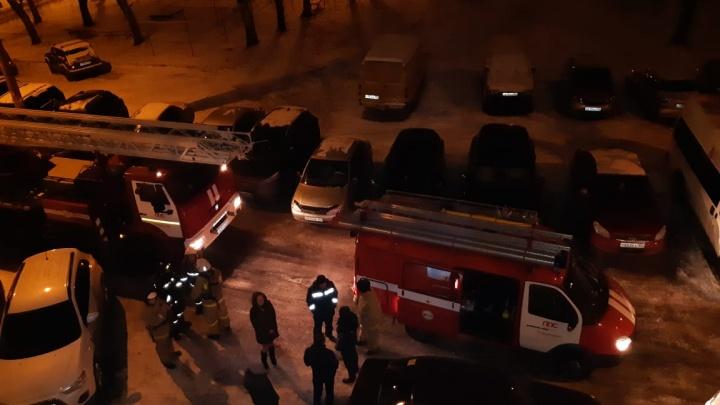 Пожар потушили сами жильцы: в Башкирии вспыхнула многоэтажка
