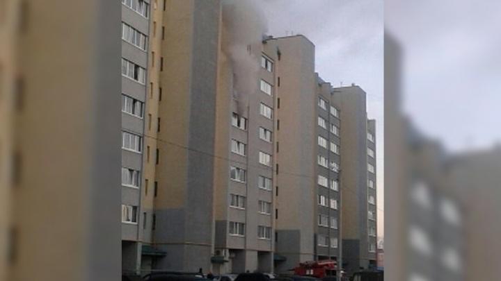 В Башкирии из-за ночного пожара эвакуировали 25 жильцов многоэтажки