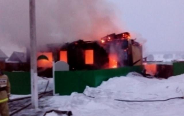 В Башкирии сгорела мечеть