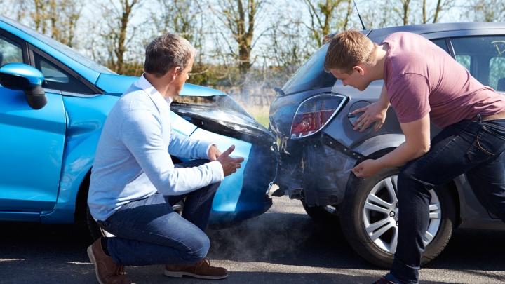 Зачем страховать автомобиль, если есть ОСАГО