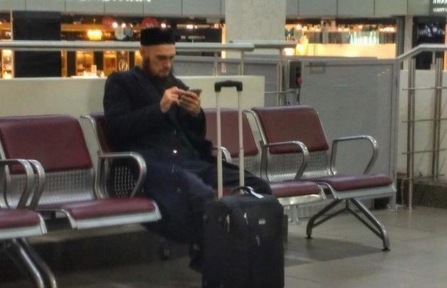 Мужчину, которого ошибочно назвали террористом, не пустили на борт самолёта во Внуково